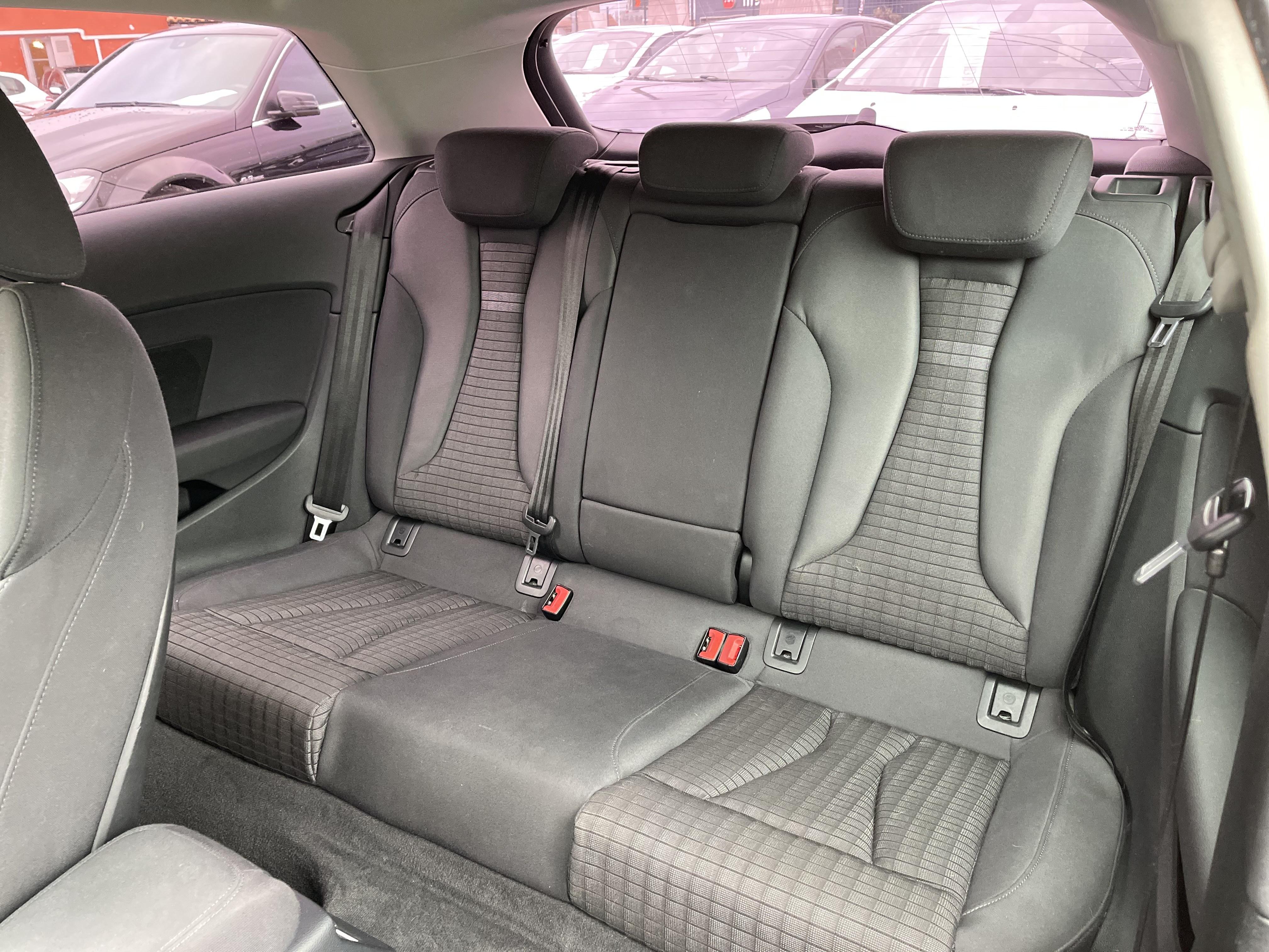 Audi A3 III 2 0 TDI 150ch FAP Ambition