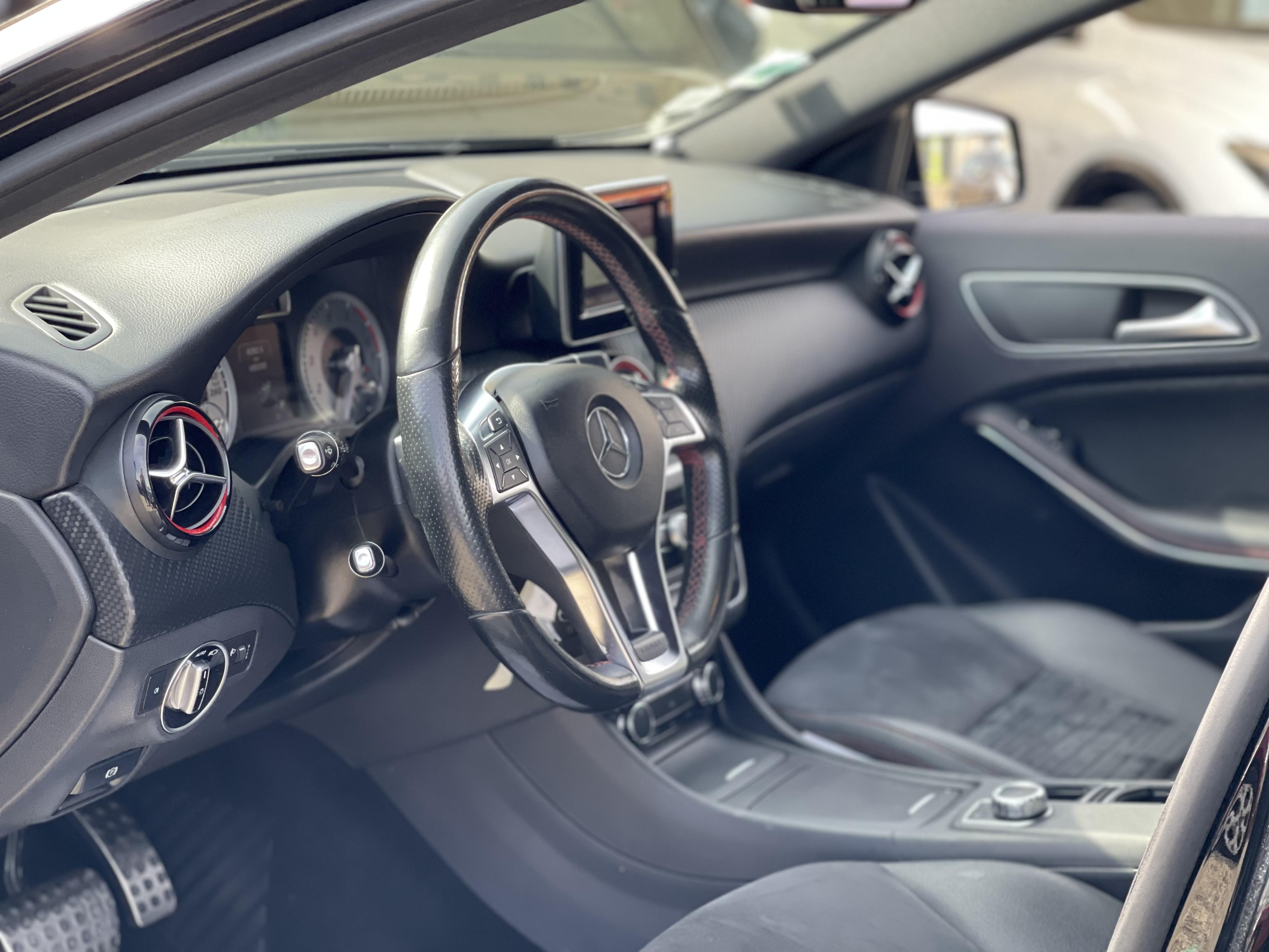 Mercedes-Benz Classe A III  250 Sensation 7G-DCT
